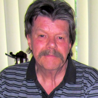 Peter-Rechter-suffered-from-bilateral-nonarteritic-ischemic-optic-neuropathy-400x400
